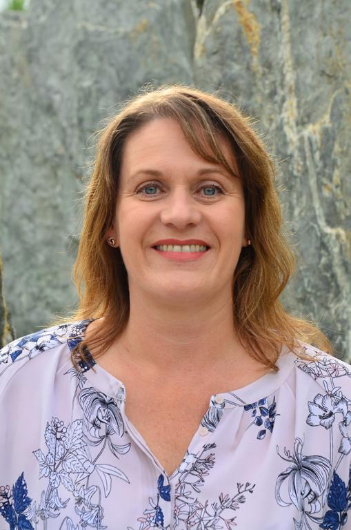 Sandra Challoner   Director of Financial Management    sandrac@remarkables.school.nz