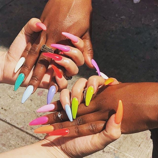 girls support girls and we love our founder @thekadeadra!  august is national support black-owned business month so hit the link in our bio to support us today! • • • • #mnbgo #mnbvip #blackownedbusiness #womenofcolorintech #dmvnails #dmvnailsalon #mobilenailtech #nailsofinstagram #augustchallenge #bestfriendquotes