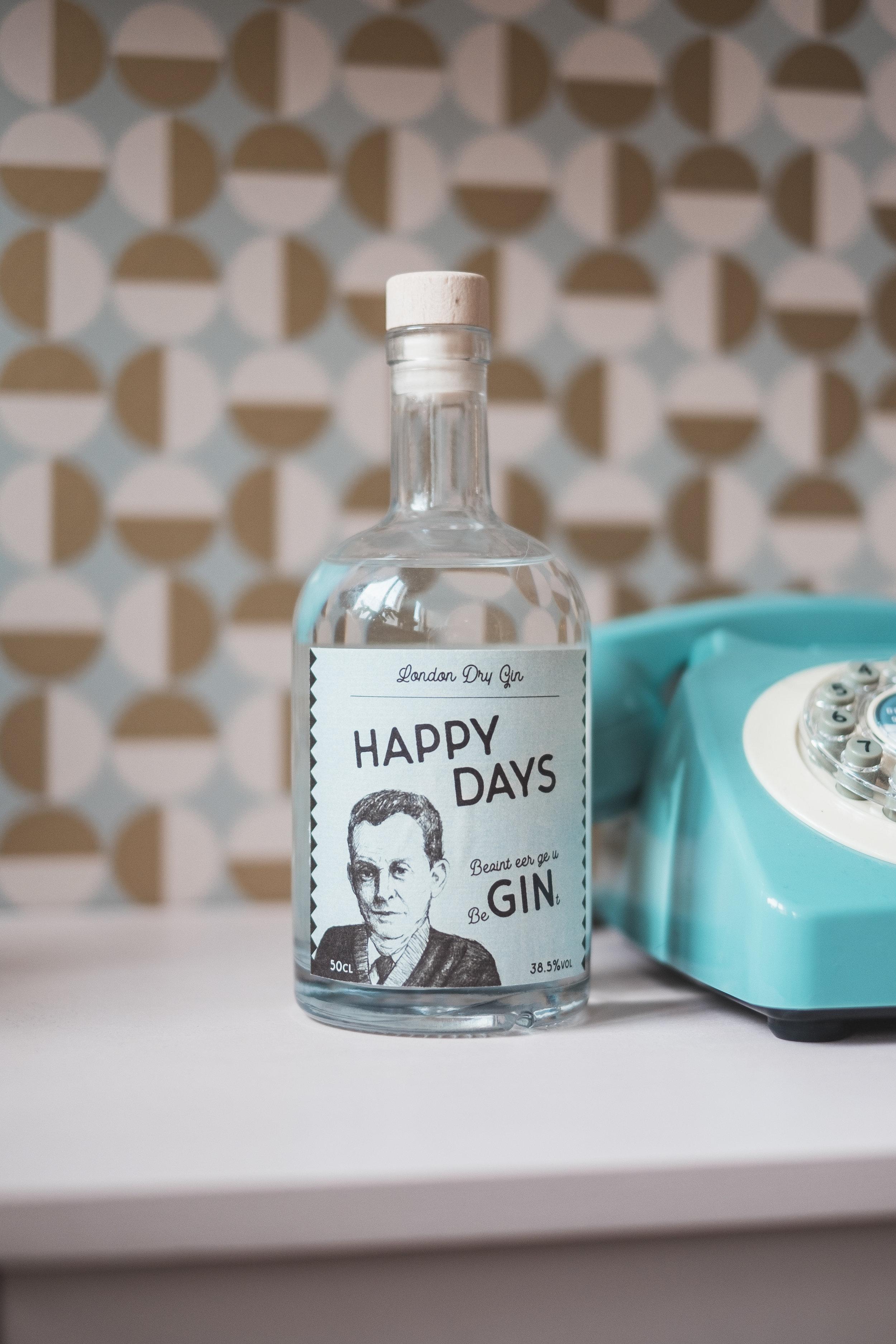 Sander Home + Gin_1.JPG