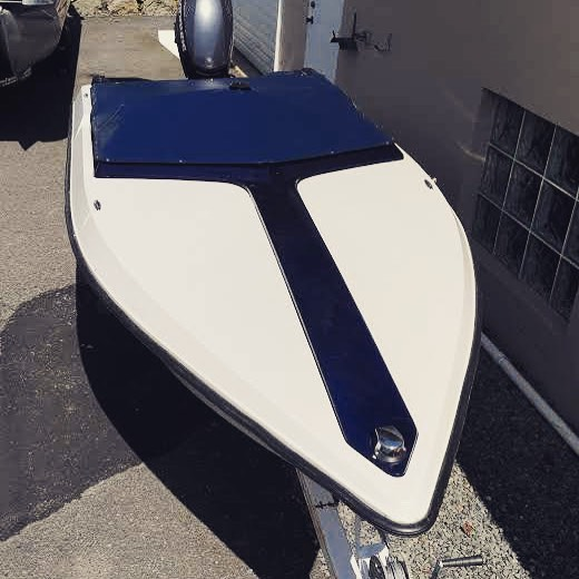 """Travis added this nice little cockpit cover on a 14'  vintage speedboat to his repertoire. It screams """"fast""""! #lakehopatcong #aqualon #lakelife #spartanj #jeffersonnj #battenthehatchesnj #speedboat #customcover"""