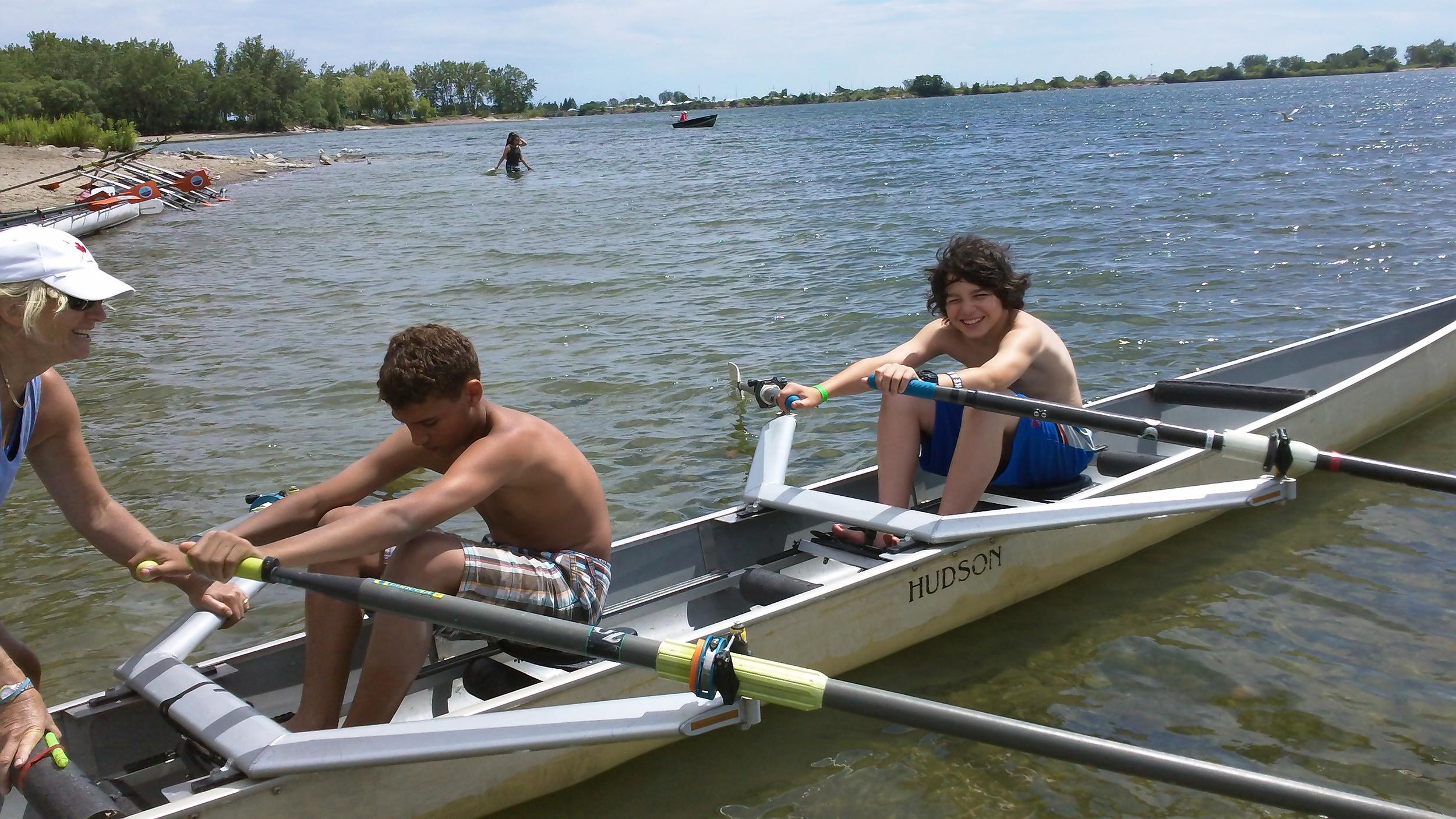Hanlan rowing 4.jpg