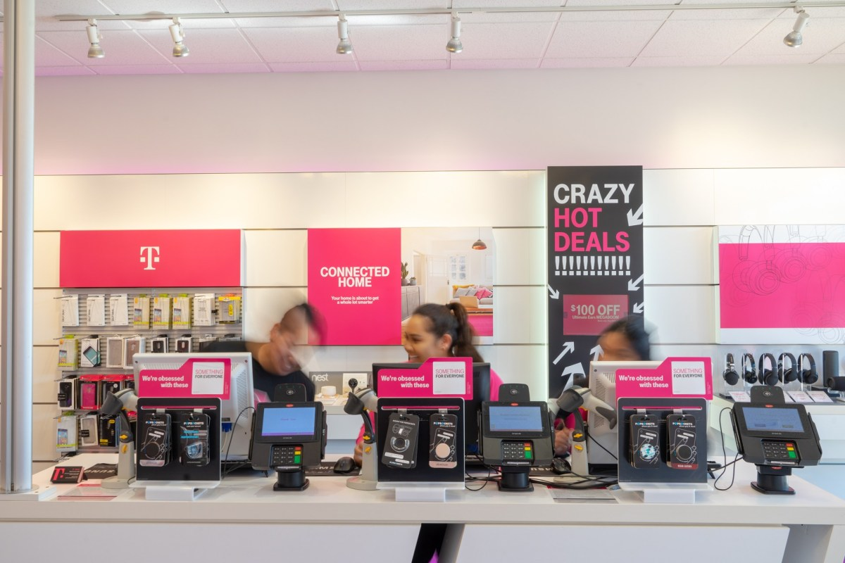 TMobile-Interior17.jpg