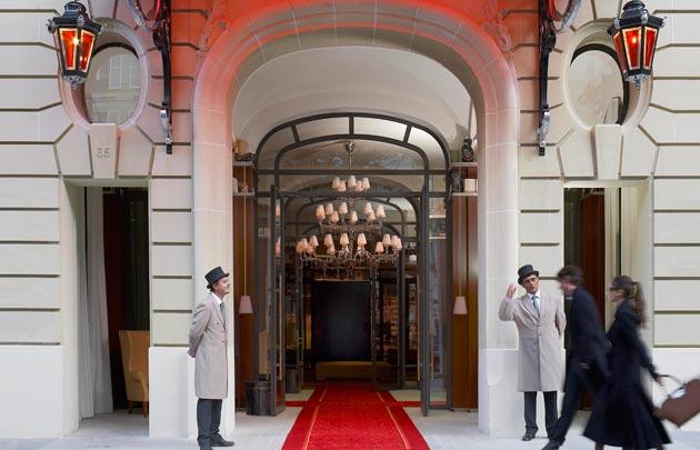 Le-Royal-Monceau-Raffles-Paris-entree-630x405-C-Le-Royal-Monceau.jpg