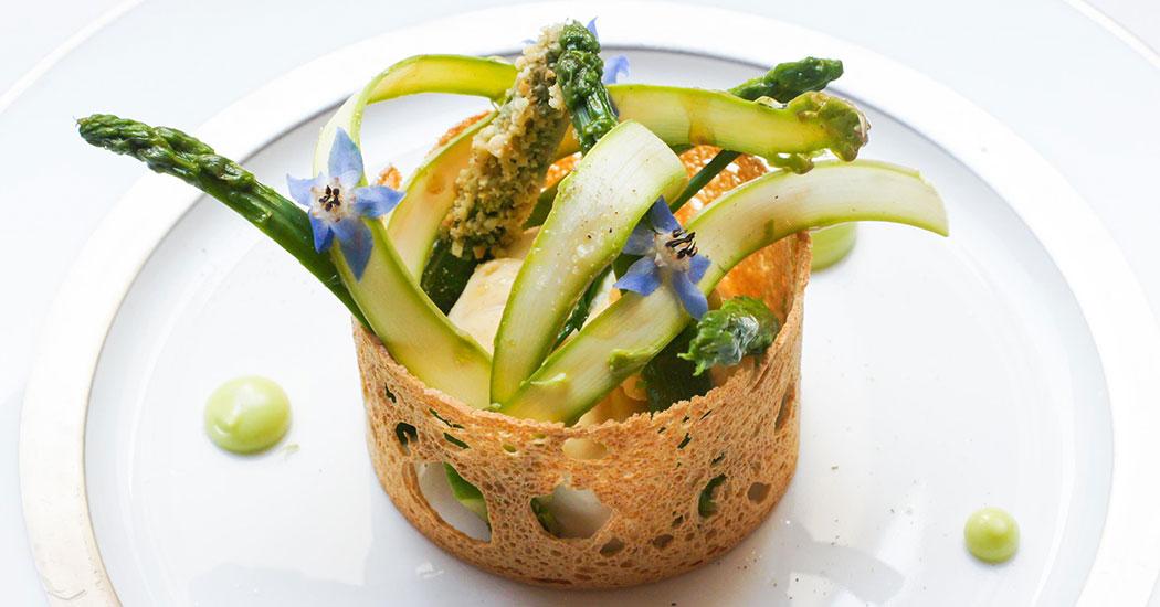 RMO-487390-Il-Carpaccio-Asparagus-Restaurant.jpg