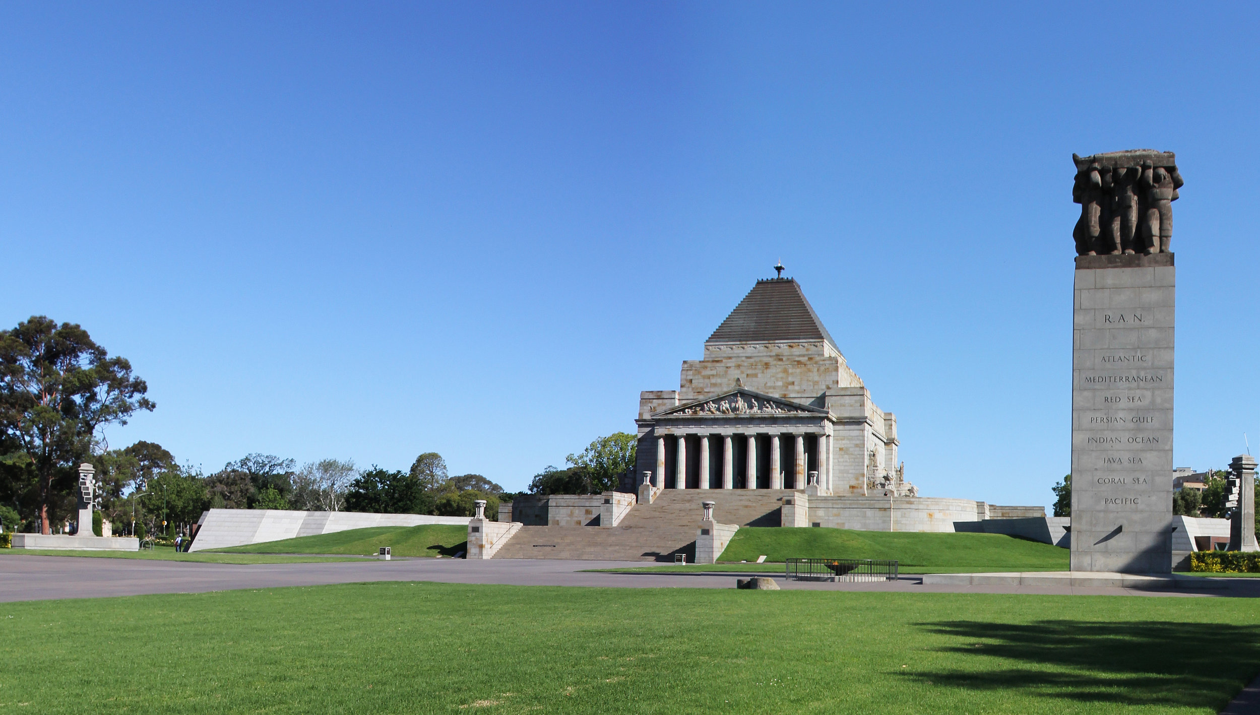 Shrine_of_Remembrance_1.jpg