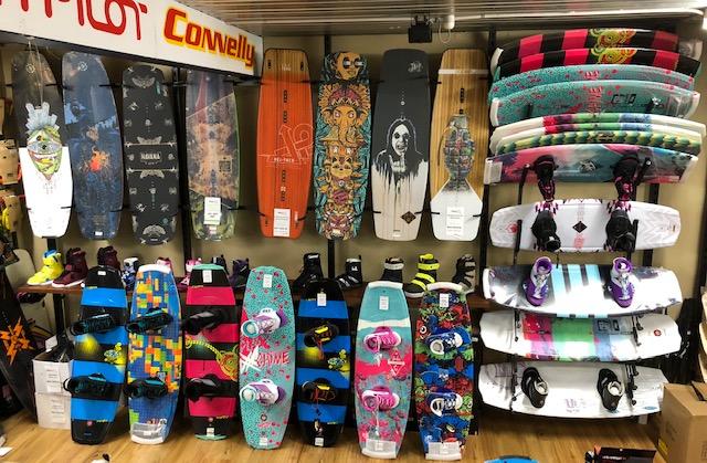 Déjà Vu Ski & Board