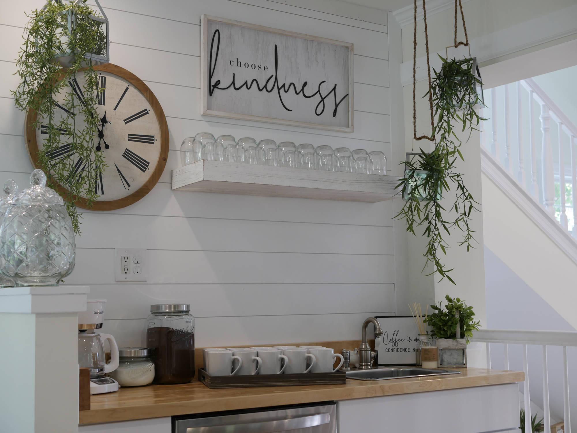 The Bridal Suite - 2nd Floor Kitchenette