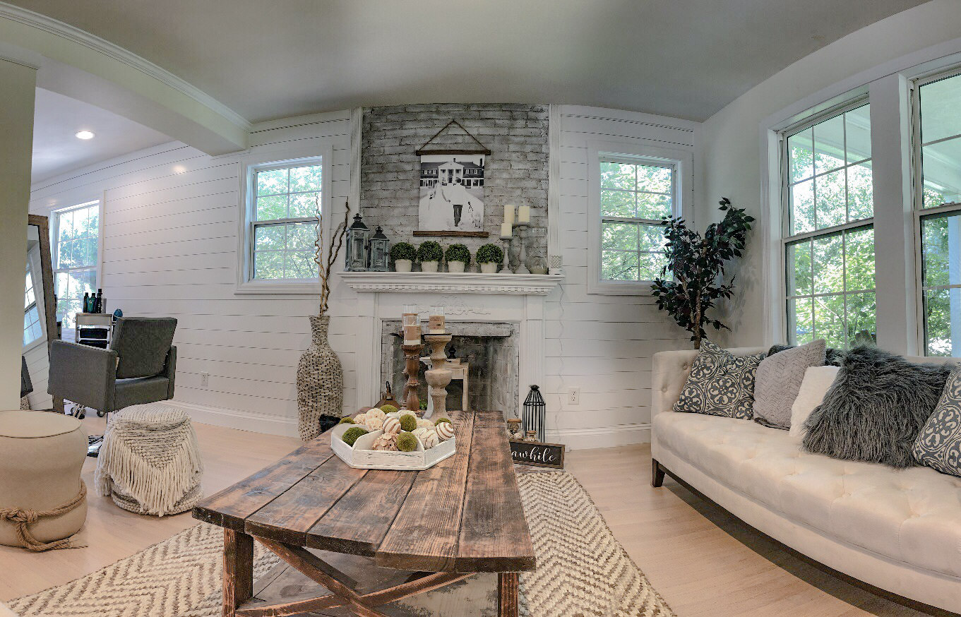 Bridal Suite - Lounge Area