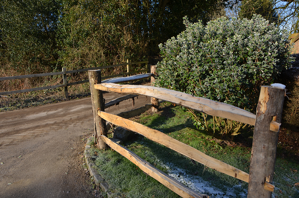 Post and Rail Fencing 1s.jpg