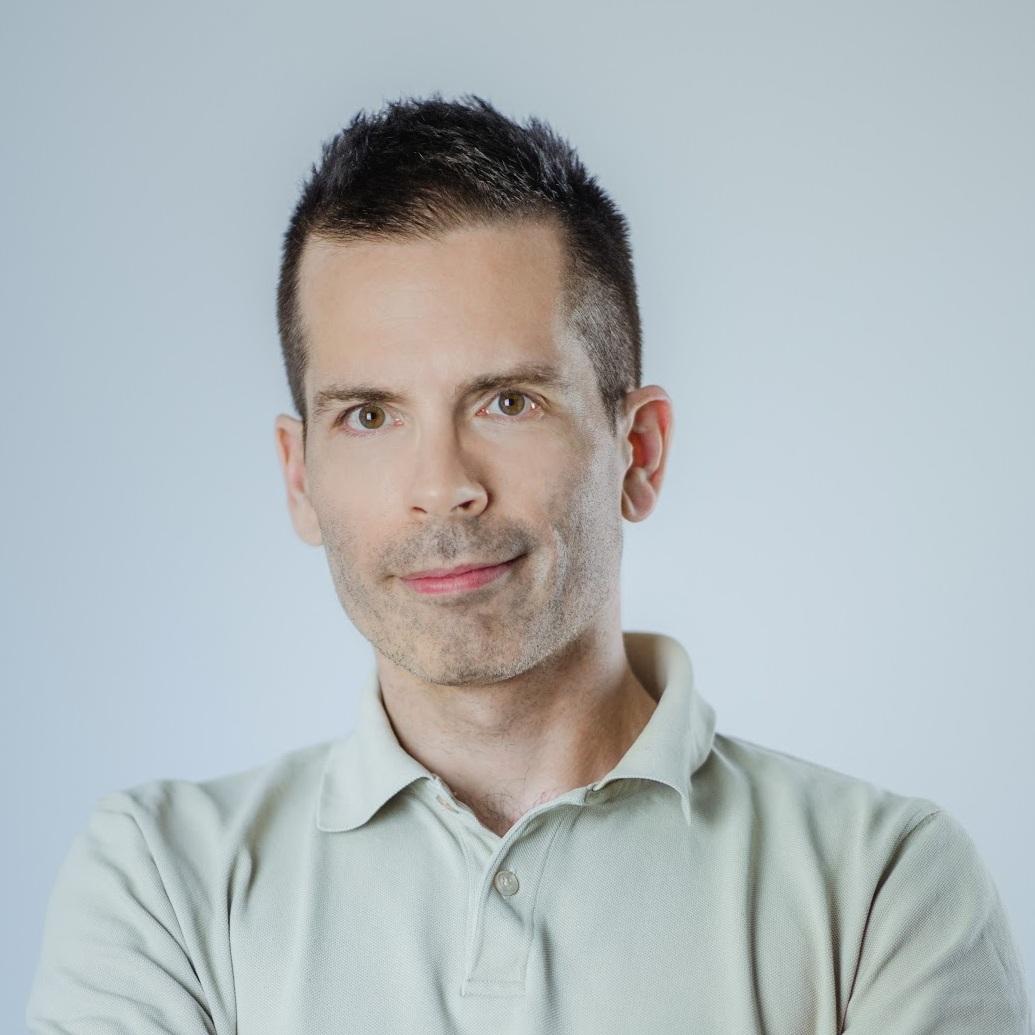 Jan Isaković - Janov fokus je stik med tehnologijo in trgom: kako razmišljati o novih produktih, jih osmisliti, ustvariti, predstaviti in seveda prodati. Svoj prvi produkt, založniško platformo, je ustvaril leta 1998, prvemu start-up podjetju pa se je pridružil leta 2003. Do danes je delal z ducati podjetij, od startupov do multinacionalk, in predaval doma in v tujini.LinkedIn
