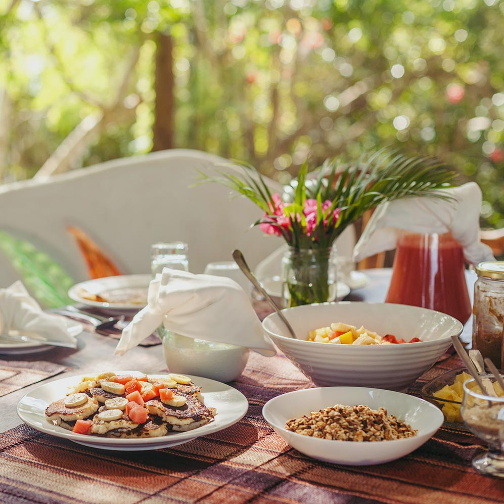 Watamu Treehouse breakfast spread
