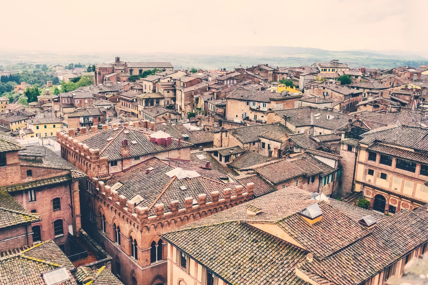 Travel guide - a day in Siena