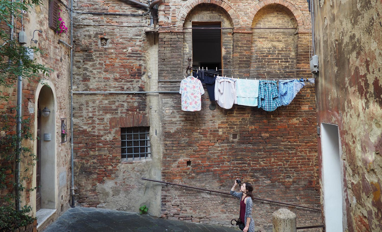 Explore Siena on foot this summer