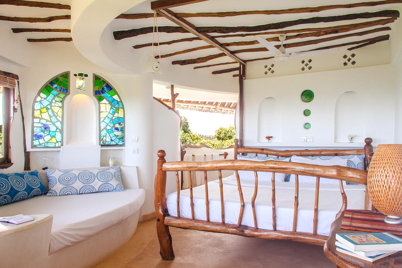 Watamu Treehouse Bahari suite yoga retreat