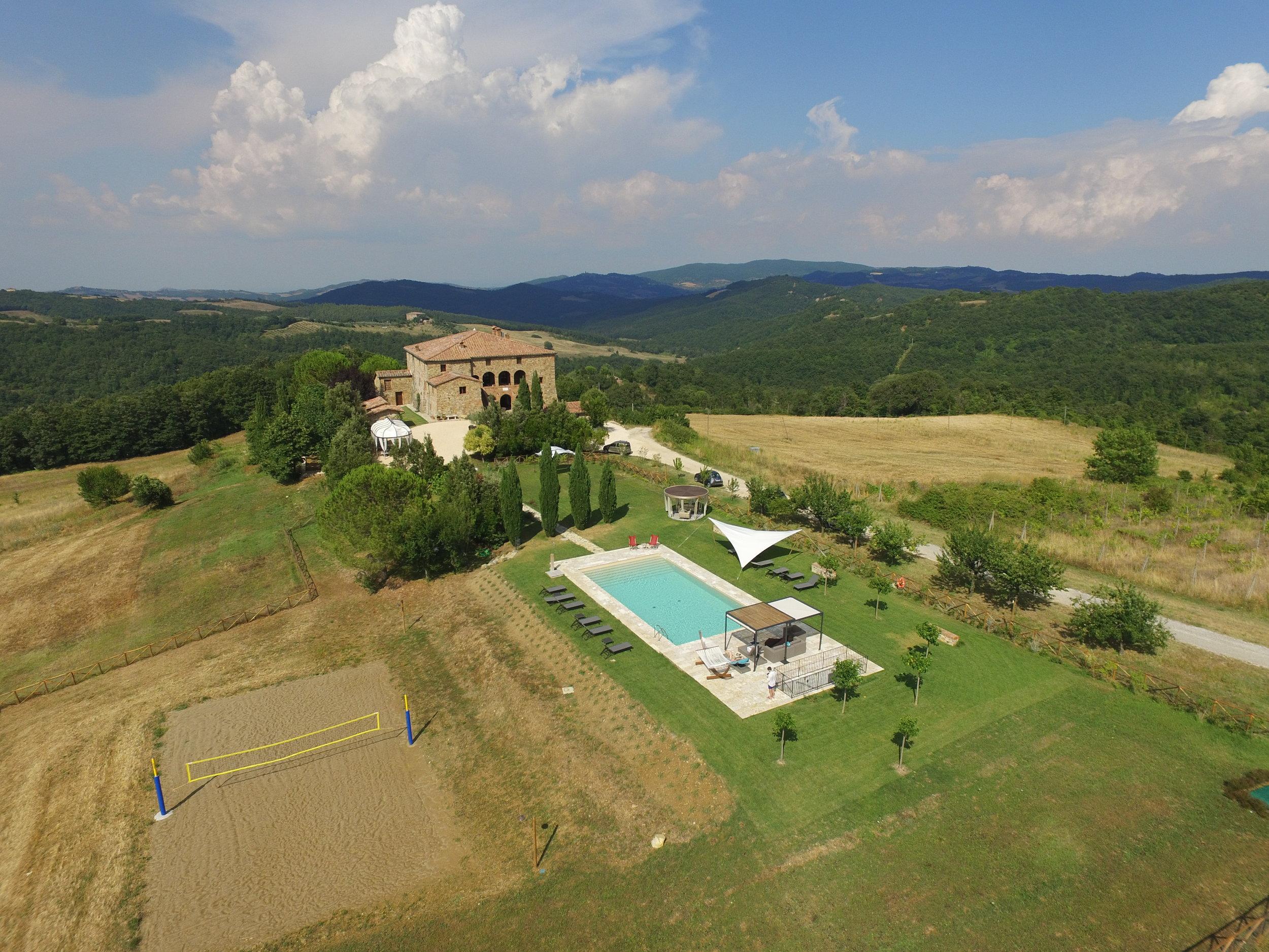 Tuscany countryside luxury retreat