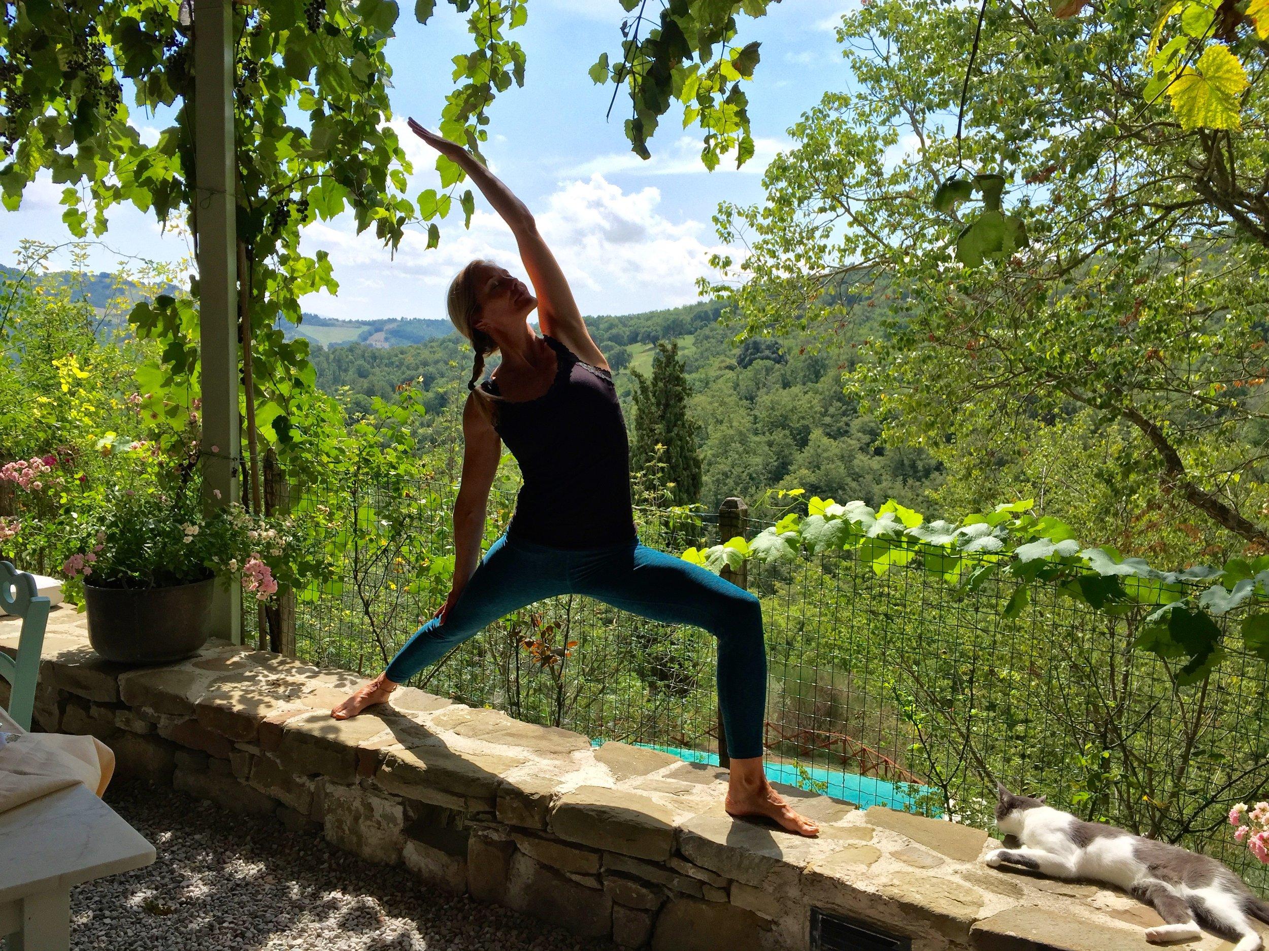 Yoga retreat in Italian countryside with Gayle Olson