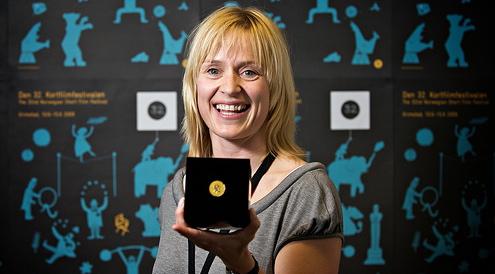 Gullstolen  for beste norske dokumentar gikk til  Presidenten fra Bastøy Fengsel , regi  Charlotte Røhder Tvedt . (2009)