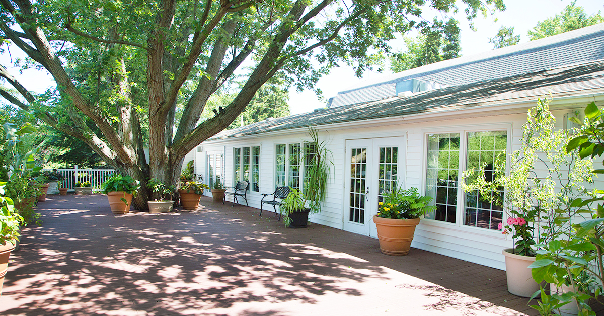 plantation deck.jpg