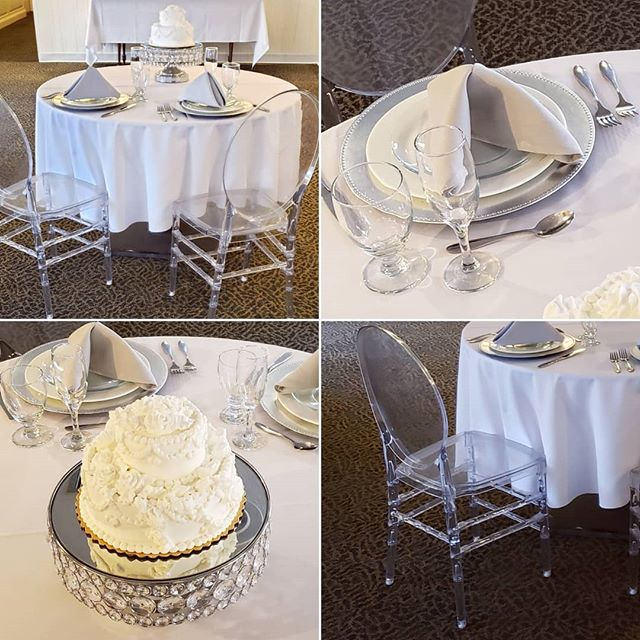 The elegant yet understated, neutrally-colored #banquethall at the #PlantationPartyHouse looks beautiful decorated with any event color scheme or theme. EVEN WHITE AND SPARKLE! #sparkleisacolor #pphtasting #sparkle #crystalclear . . . #rochesternewyork #rochesterny #weddingdecor #receptiondecor #rochesterwedding #rochesterweddings #585weddings #585wedding #rocwedding #weddingreception #weddingplanning #weddingvenue #reception #weddingreception #weddingcolors #eventcolors #weddingcolorscheme #rochesterbrides #roc #rochesterbride #gettingmarried