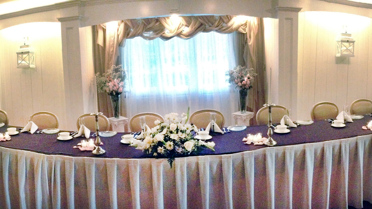 Traditional Head Table