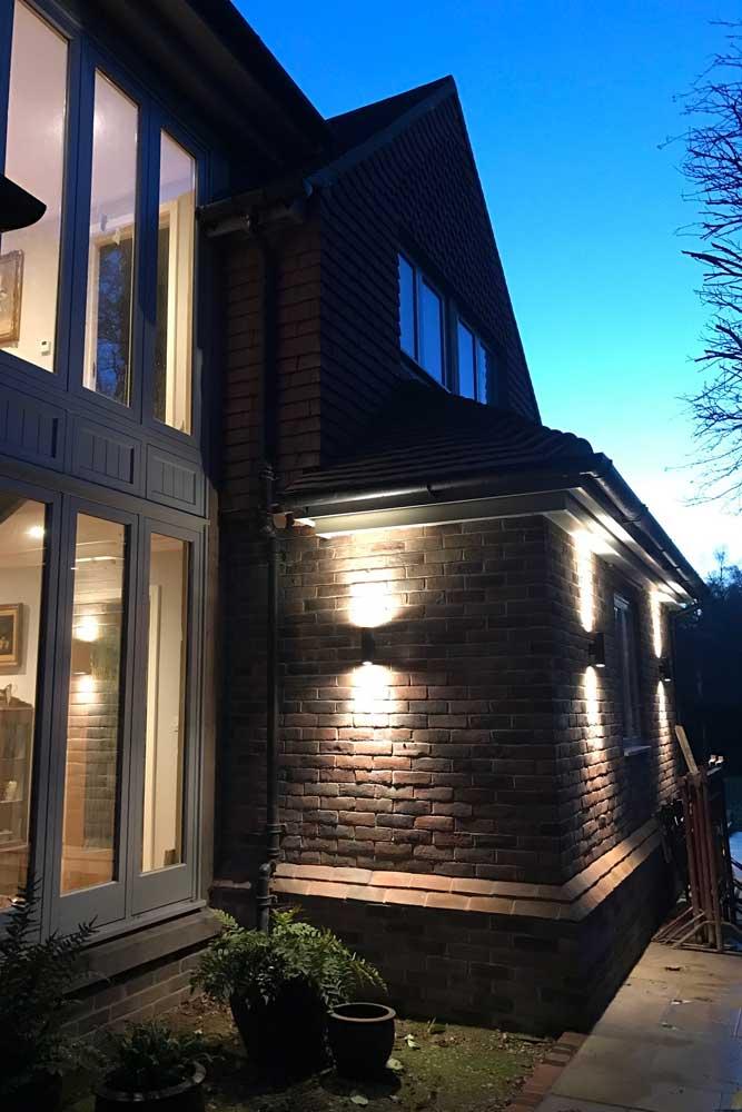 Hi-Spec-Electrics-exterior-lighting.jpg