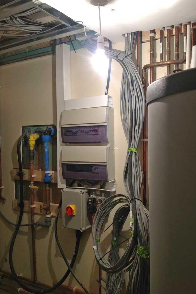 Hi-Spec-Electrics-consumer-units.jpg