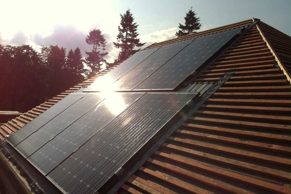 Hi-Spec-Electrics-solar-pv-newbuild.jpg