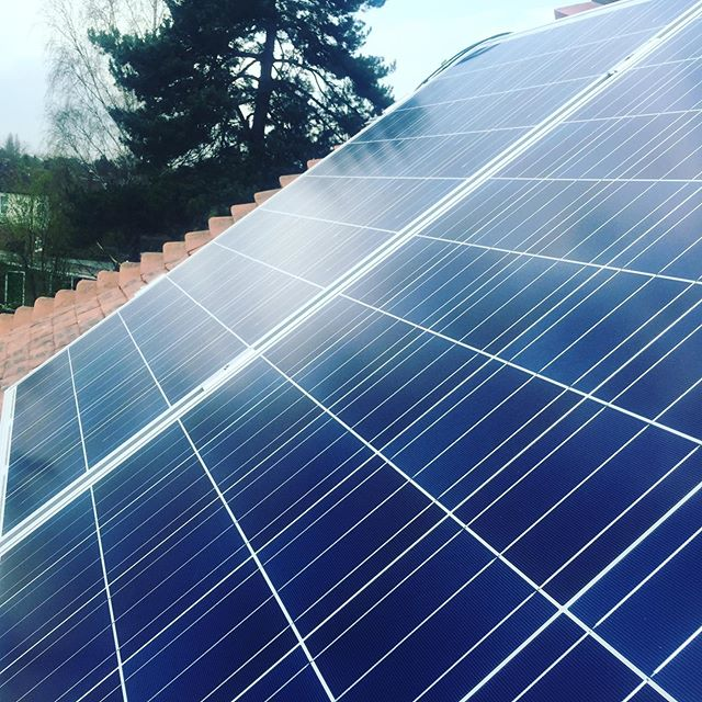 Woohoo! Pleased to announce we passed our annual MCS solar inspection yesterday. Accredited installers for solar PV. Give us a like and share to celebrate! #mcs #niceic #electrician #solarpv #success 👍🎉