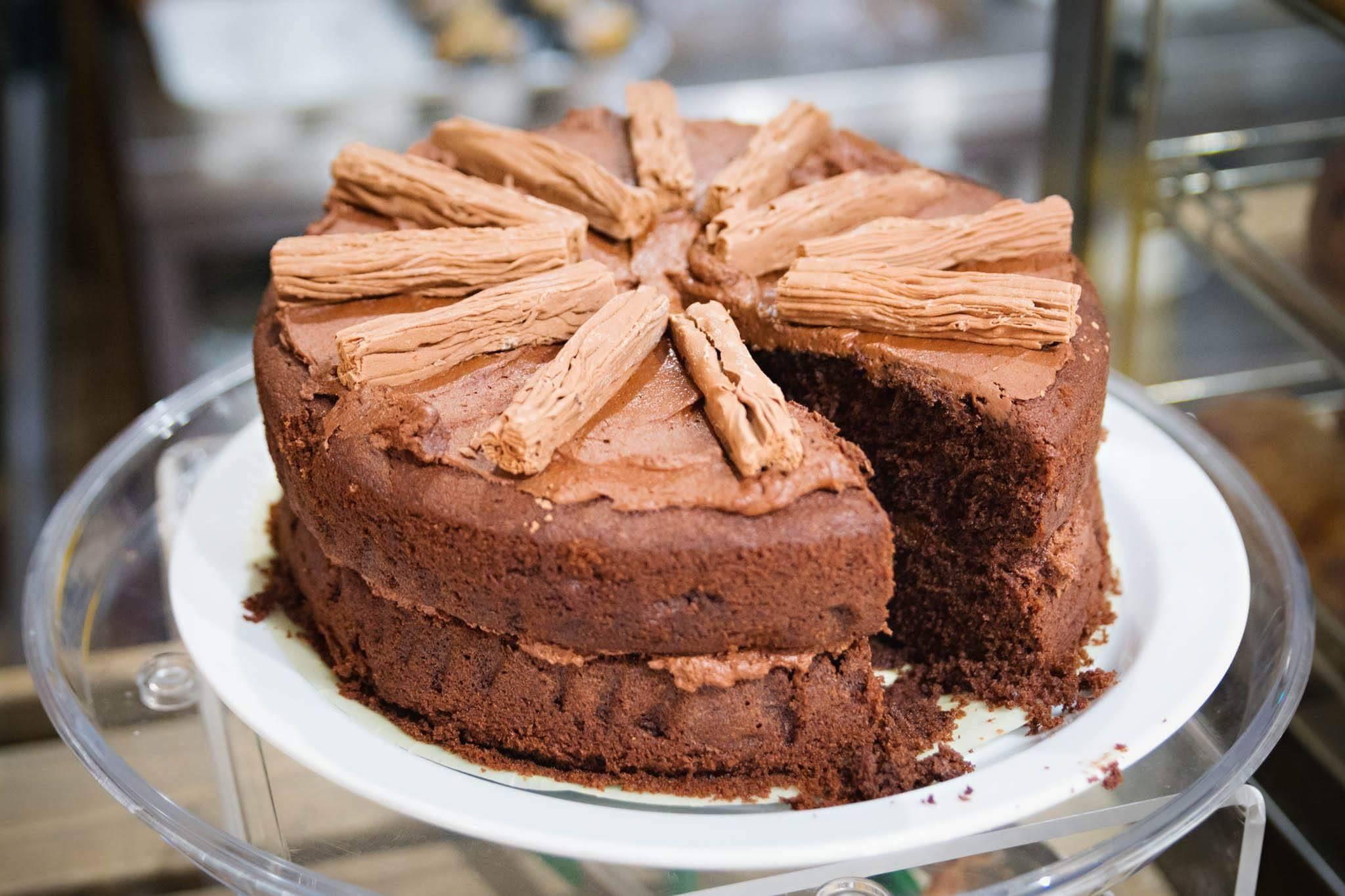 Choc-cake-Wilton.jpg