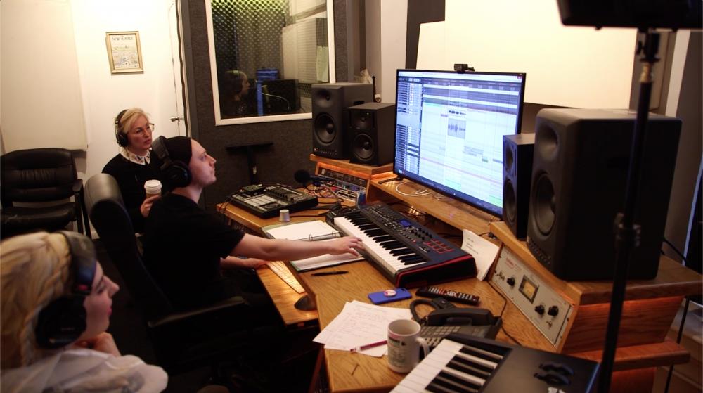Lee Studio.png