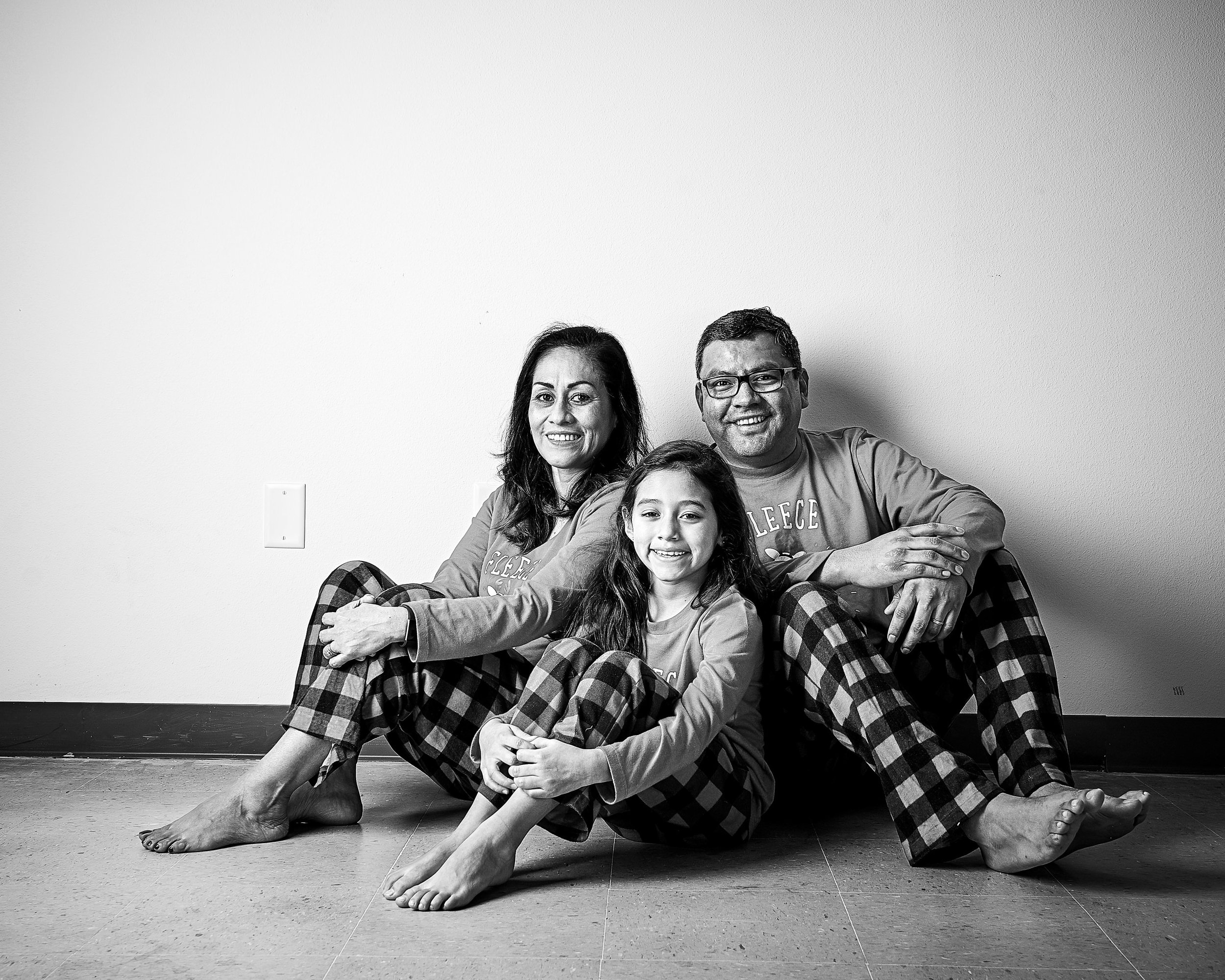 2018-12-16-Garcia Family7712-bw-proofs-retouched web.jpg
