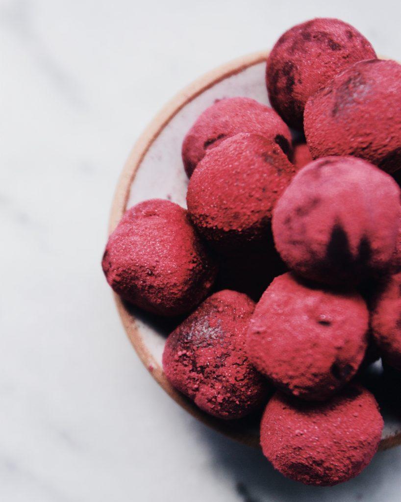 Easy Vegan Chocolate Truffles - healthy, paleo, clean, quick, Valentine's Day
