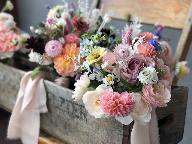 box of love @theboxhousehotel on the rooftop for Rebecca and the girls... . . . . . . . . Thank you Beth for the lovely photo 📷@bethhorta flowers @sixacrewood by beetlebug #inspiredbynature #boxes #sixacrewoodfarm #flowering #silkribbons #beetlebugstyle #styling #oldwoodenboxes #locallygrownflowers #grownherenotflownhere #upstatenewyork #sixacrewoodfarm #stanfordville #dahlias #flowerfarmer #farmerflorist #farmtostudio #farmcomposted #closetheloop #composting #sustainableliving #forthechildren #repurpose #floweringevents #withlove #locallygrown