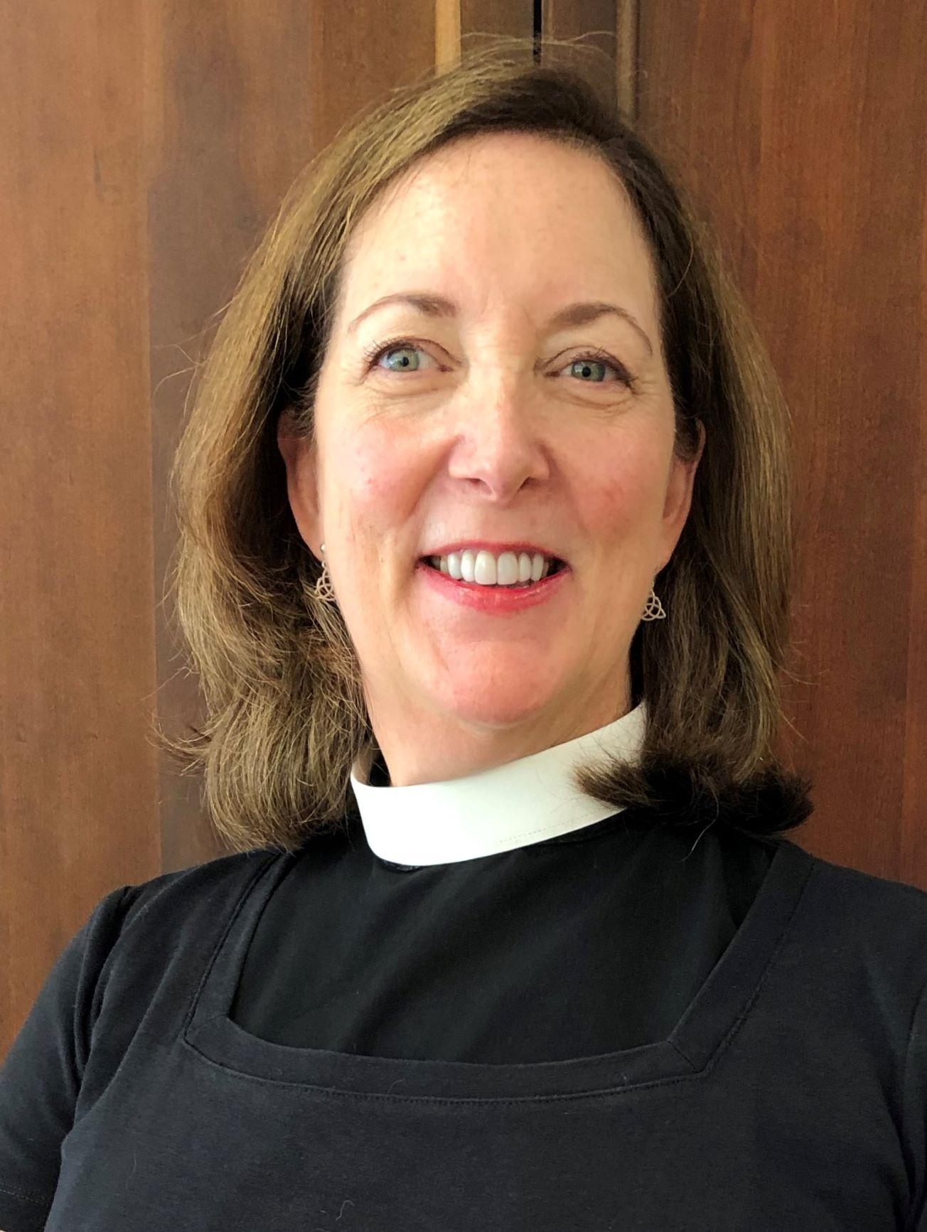The Rev. Jennifer McKenzie.jpg