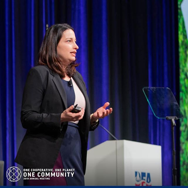 Our farmer-owners and employees make a great impact on the communities in which they work and live. From providing jobs to donating food and so much more. Learn about what DFA is doing in our communities at dfa19am.com or click the link in our bio. #DFA19AM