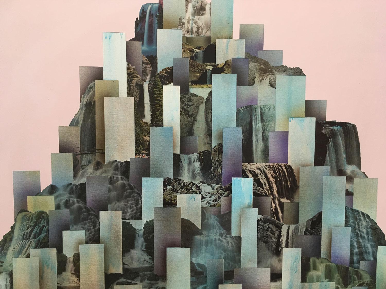 """Simon Hughes;  Mountain (Falls) , 2019 (Détail) Acrylique et collage sur lin 60 x 50""""."""
