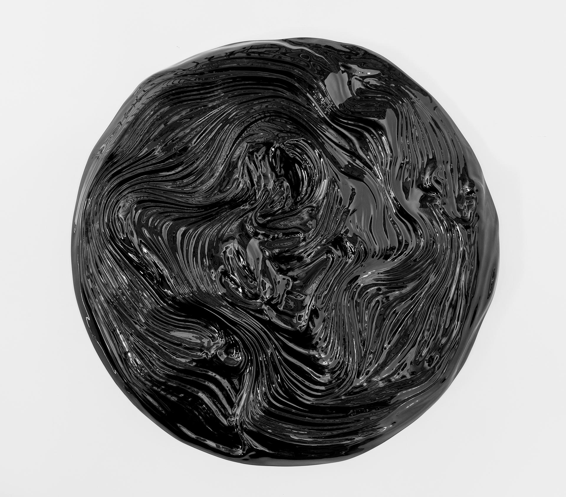Matière noire 05, 2017 Mousse haute densité, peinture epoxy 92 cm