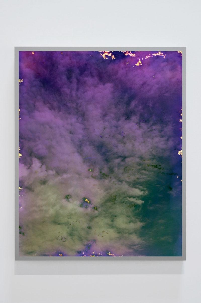 """Untitled #9 (Sky Leaks) , 2016 Ed. 2/4, Épreuve à développement chromogène montée sous boîtier lumineux au LED, 50""""x 40""""."""