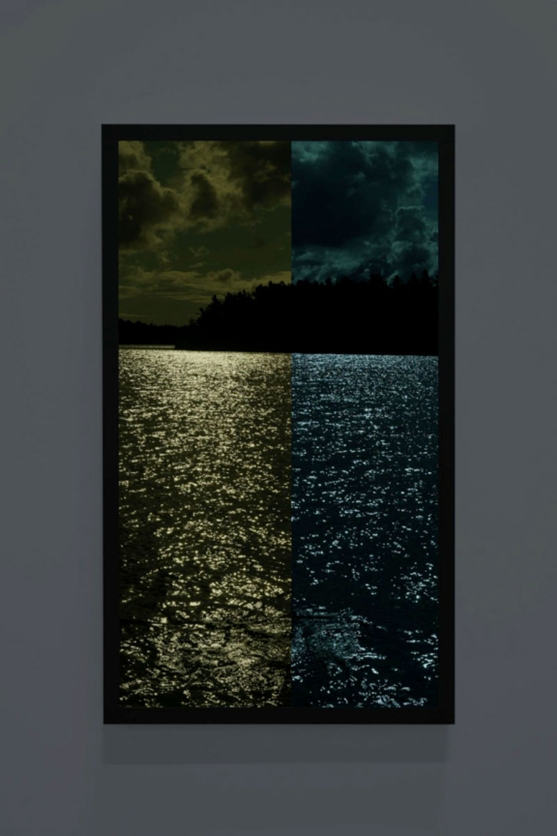 "Sun for Moonlight, Colour Pattern Test Strip Picture, Little Jane Island , 2017, Ed. 1/1, Vidéo sur moniteur 4K ultra HD, 42"" x 26"""