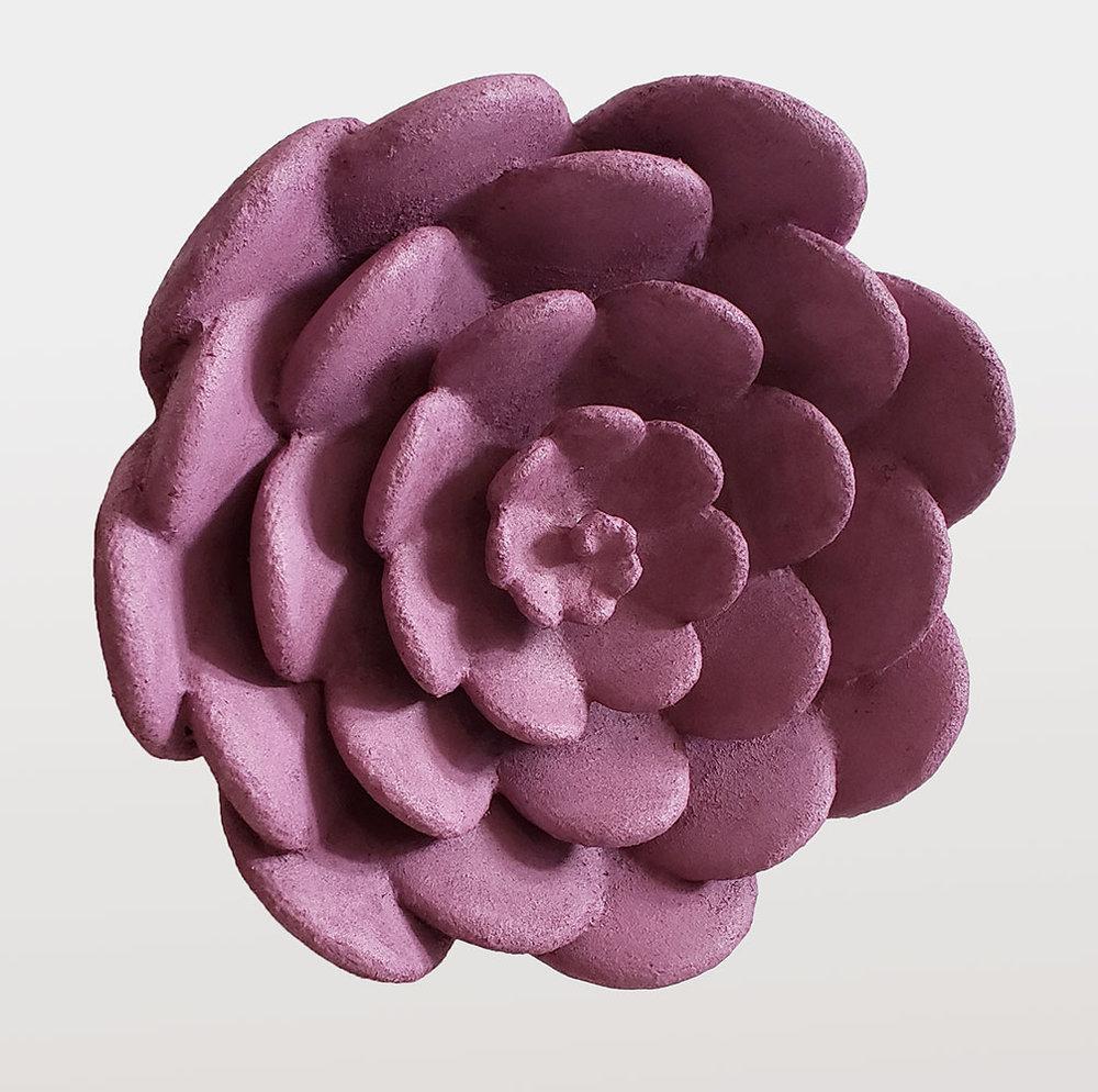 """Purple Flower Lrg , 2019. Acrylique, flocage, PLA, 14 1/2"""" x 5   1/2 """" x 5 1/2""""."""