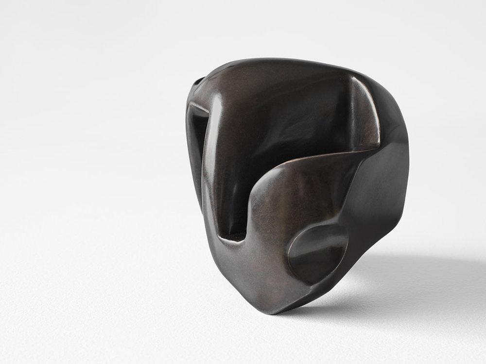 "Into the Void (vita ante acta) , 2017, Édition de 5, Bronze, 7 x 7 x 7"""