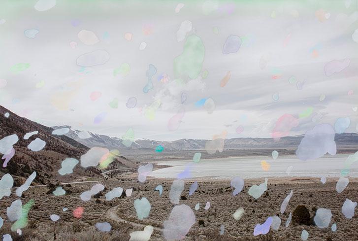 """Dust , 2018, Édition de 3, Impression pigmentaire et peinture aérosol, 44 x 64"""""""