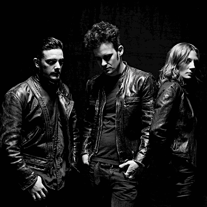 Black Rebel Motorcycle Club - MANGAGEMENT