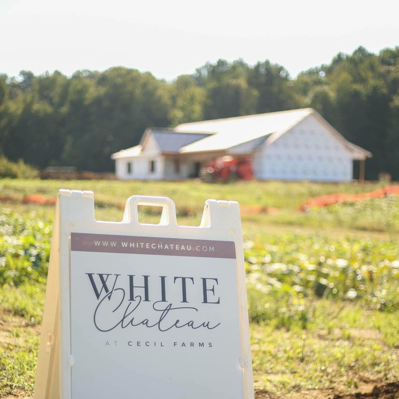 White+Chateau+Logo+%E2%80%94+Nicky+Kessinger+Photography.jpg