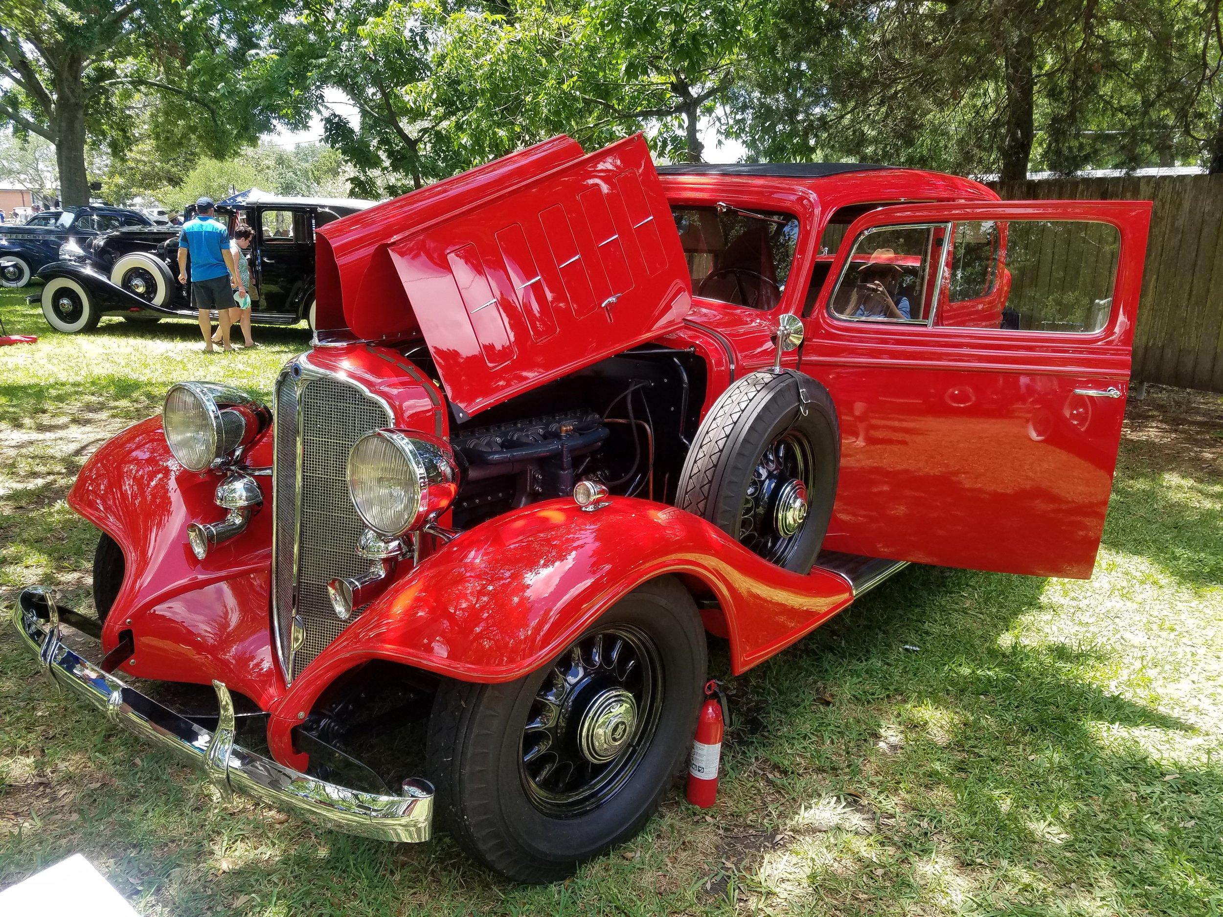 1933 Buick Model 58 Victoria
