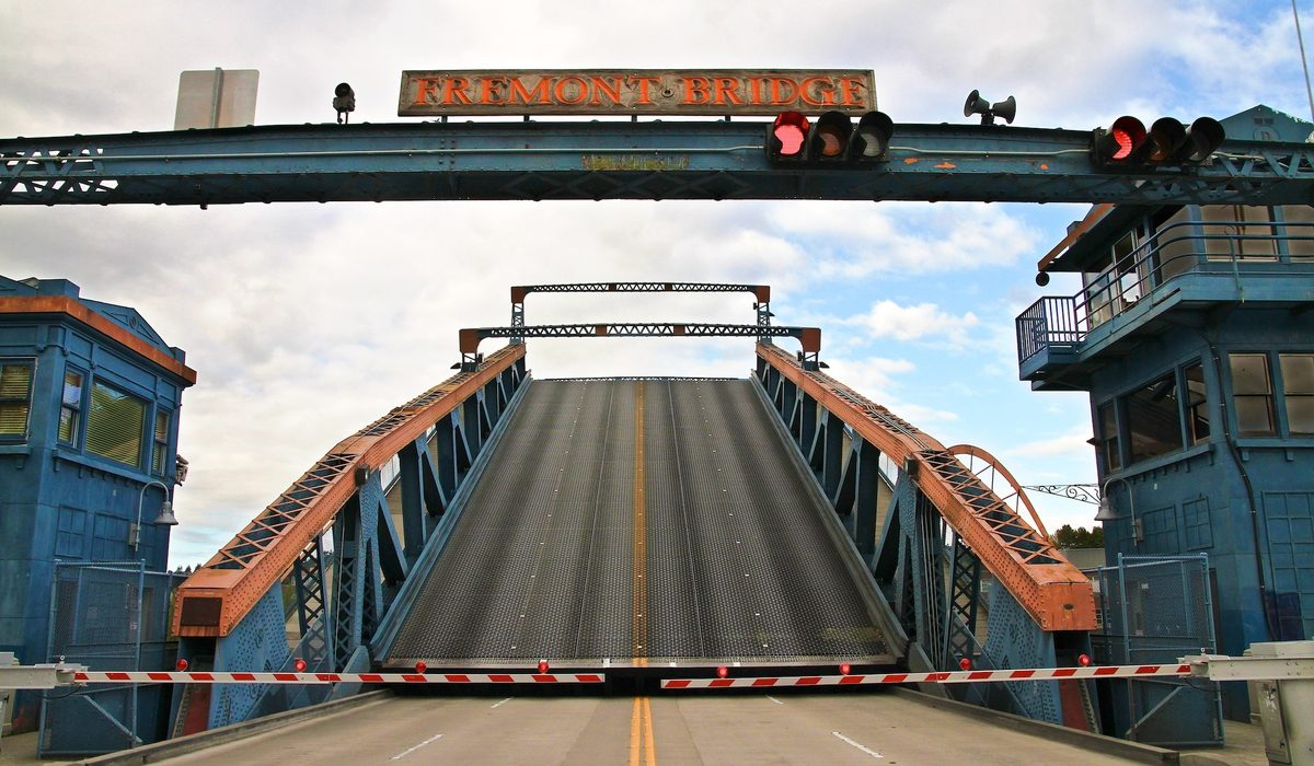 April_fremont bridge opening.jpg