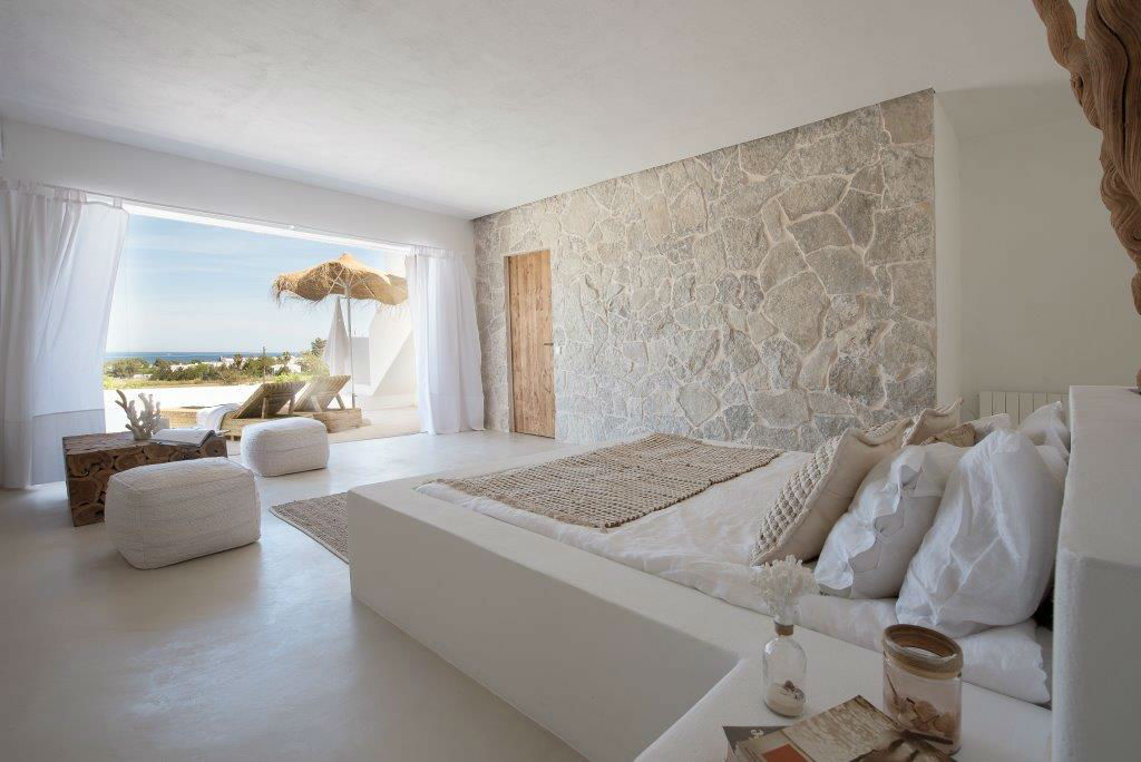 CuCo Master Bedroom with terrace-w1800-h950.jpg