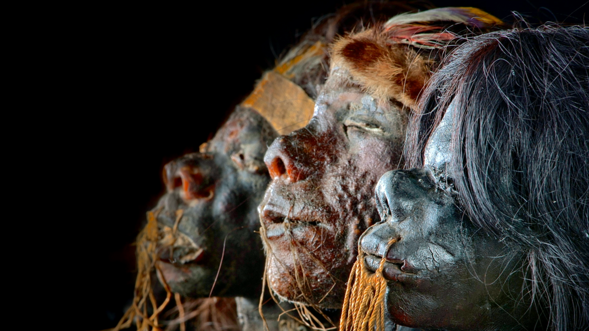 "<p><a href=""#lightbox>mummies"">Mummies of the World</a></p>"