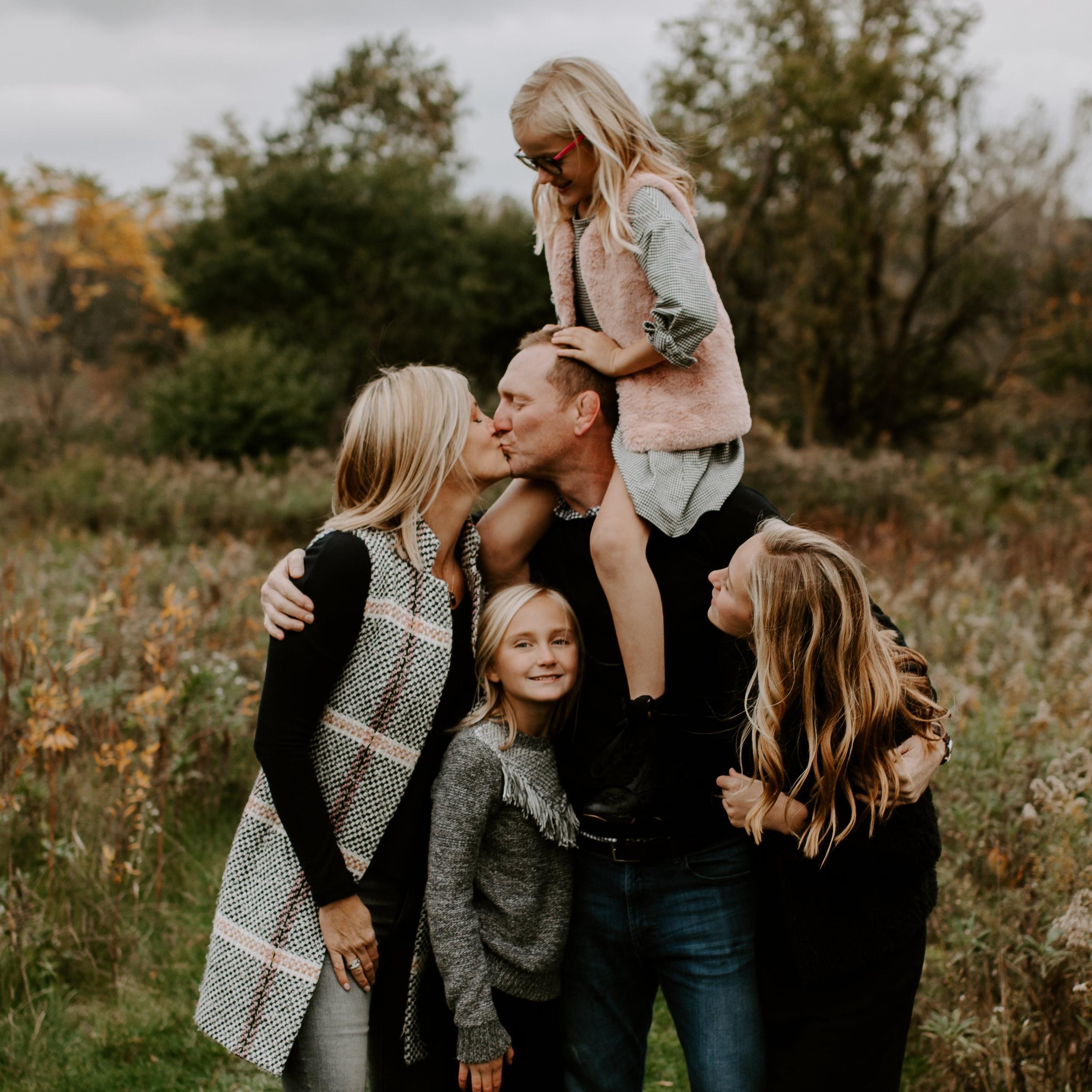 Fischer Farm Family Photo by Kerri Carlquist Photography