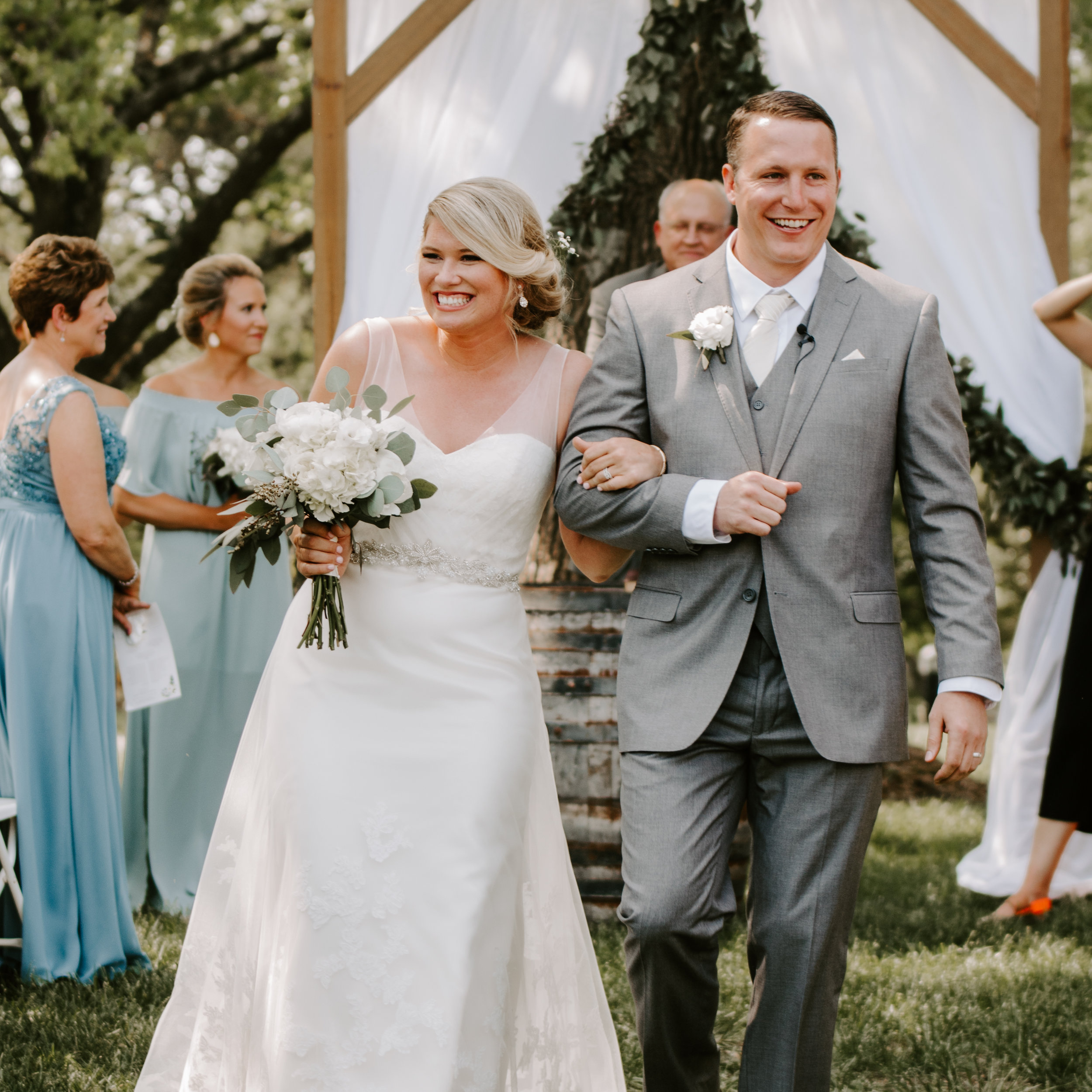 The Barn at Cedar Creek Wedding Missouri by Kerri Carlquist Photography